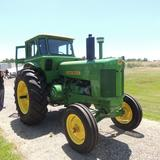 Antique John Deere model 730 tractor sn12786 w/new tires