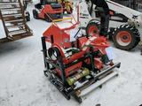 1100-WM8M wood chipper. LIKE NEW WITH 1 HOUR ON THE METER