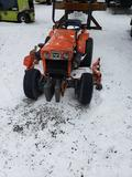 1536- Kubota B7100 HST tractor and mower deck with 3130 hours