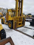 1540- Hyster forklift and hydraulic push blade with 1027 hours