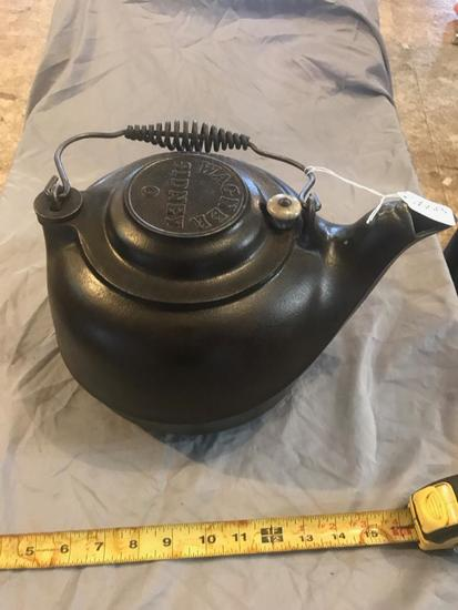 Wagner Sidney #8 Cast Iron Tea Kettle