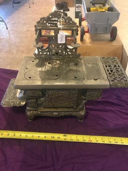 Marvel Salesman Sample Cast Iron Stove