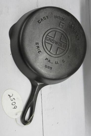 Griswold #6 699 Cast Iron Skillet Large Block logo