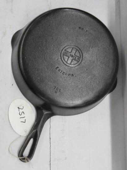 Griswold #7 701H Cast Iron Skillet Small Block logo