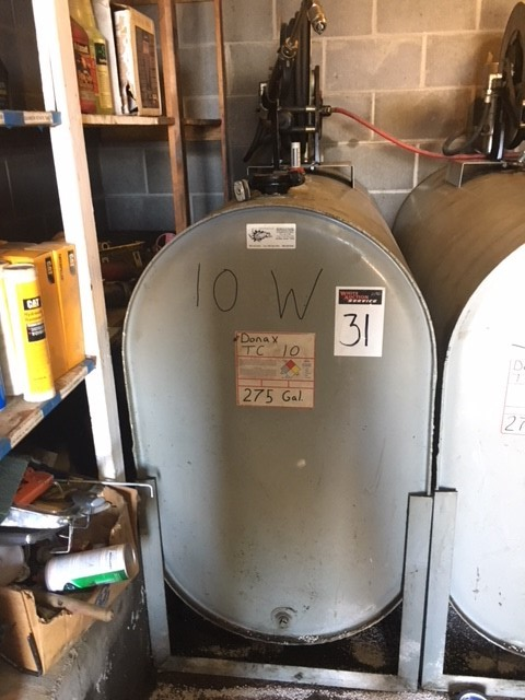 275 gallon Oil tank w/hose reel and electric pump, 10W oil