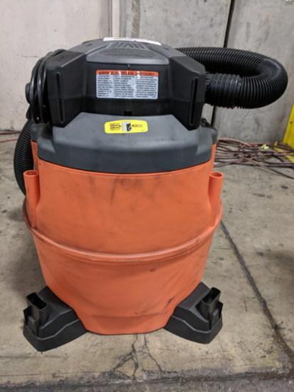 Ridgid Blower Vac, 16 gallons capacity, 6.5 HP