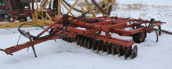 Kewanee 295 16' Chisel Plow w/ Buster Bar & Front Discs