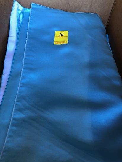 BOX OF 90 CAPRI BLUE NAPKINS