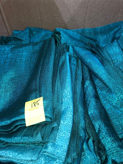 BOX OF 50 HUNTER GREEN SHOW DRAPES ASSORTED SIZES