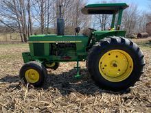 John Deere 2840 Tractor