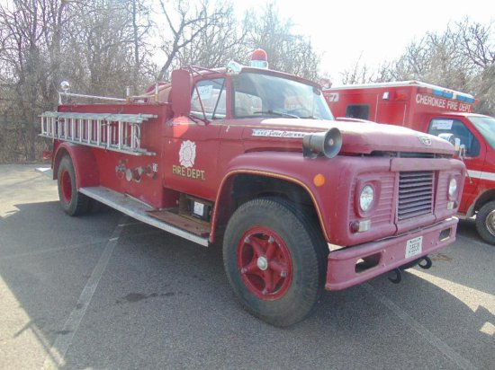 1962 Ford F850 Fire Truck S N Auctions Online Proxibid