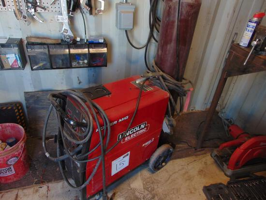 Lincoln Power Mig 256 Welder, Located in Thomas Ok