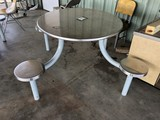 4 SEAT STAINLESS STEEL TABLE