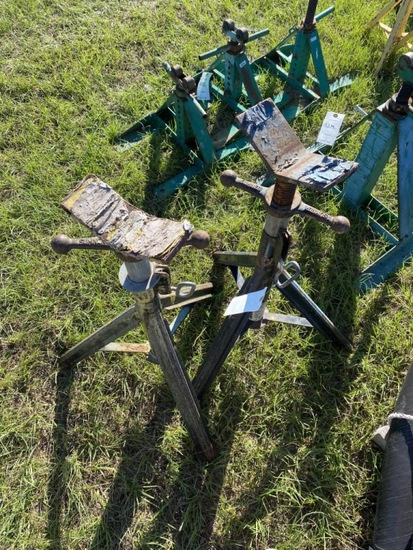 (2) Pipe Jack Stands