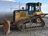 2000 CATERPILLAR D5M C14 2000 Caterpillar D5M, 15,845.1 hours, runs & operates good, finger controls
