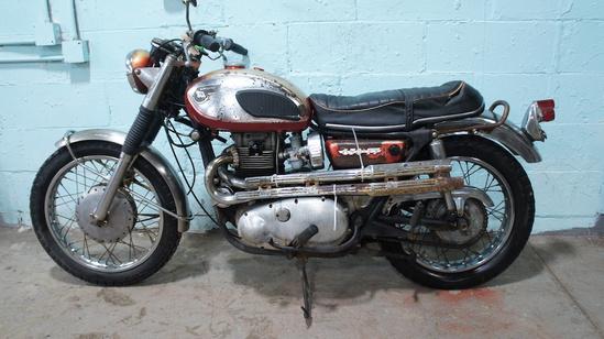 1969 Kawasaki W2TT