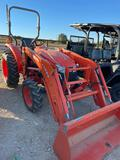 Kubota 3800 4 WD Tractor with 524 Loader with Bucket ONLY 64 HRS SN 80429