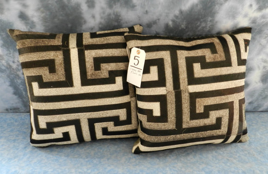 2 GRAY HIDE PILLOWS (2X$)