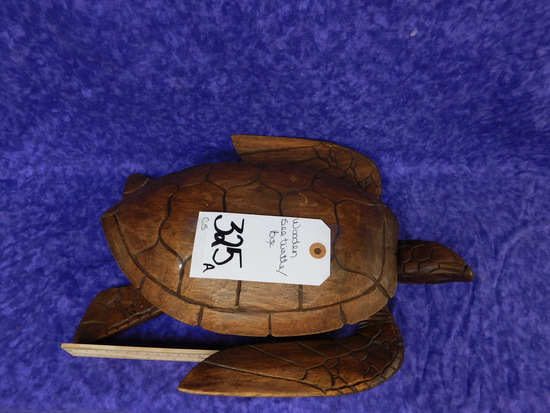 WOODEN SEA TURTLE/BOX