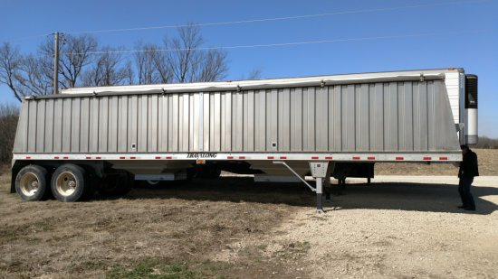 2011 Aluminum Travalong 38' grain trailer
