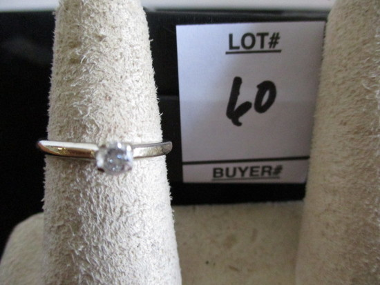 size 6 14K gold ring