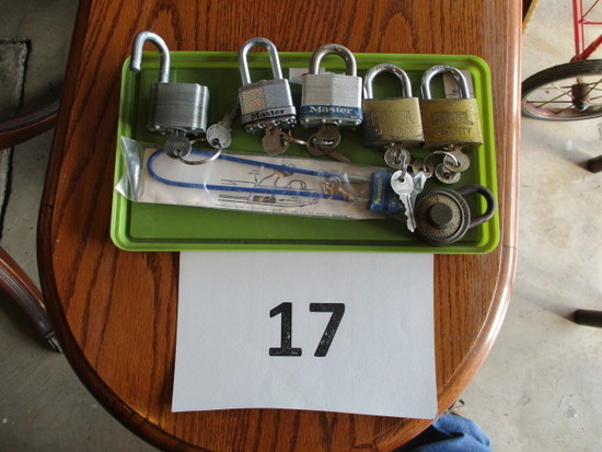 Lot of 6 locks with Keys