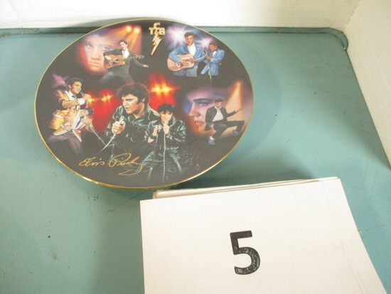 Large Elvis Collector Plate