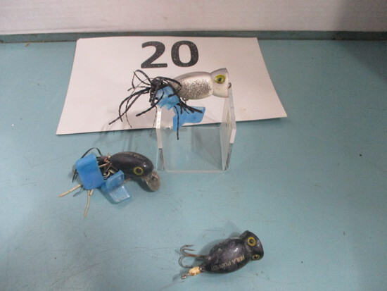 Lot of 3 Hula Poper plug fishing lures