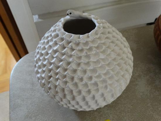 Acoma White Corrugated Pot