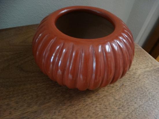 Santa Clara Red Melon Pot