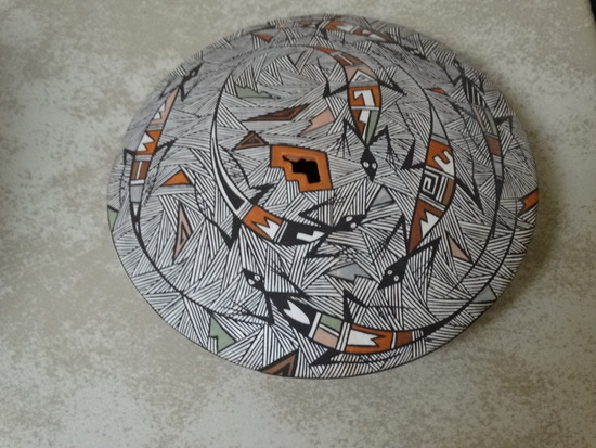 Acoma Seed Container, Lizard Design