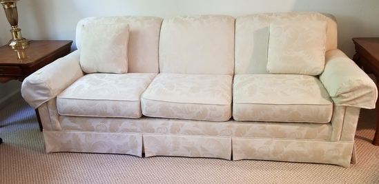 Thomasville 3 Cushion Couch