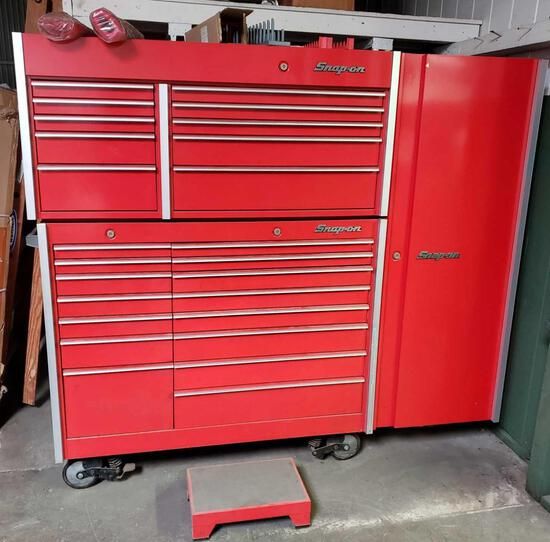 LARGE Snap-On Rolling Tool Cart