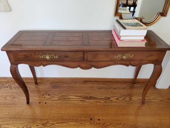 Henredon Fine Furniture Hall Table