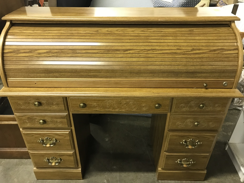 Riverside Furniture Roll Top Desk Lot 2 Estate Personal Property Personal Property Online Auctions Proxibid