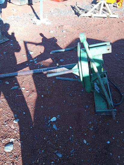 HAY UNROLLER W/ STAND
