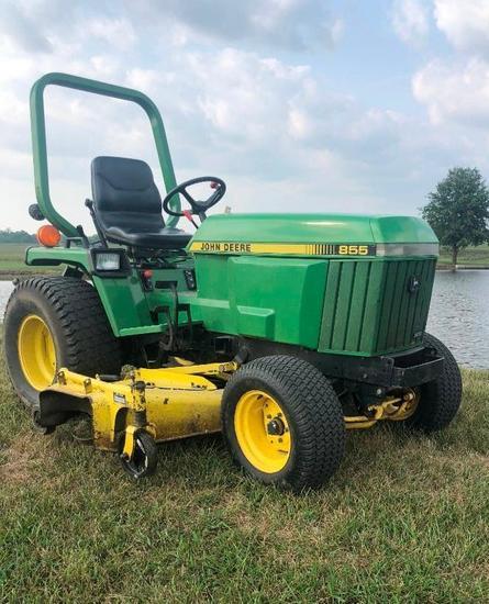 John Deere 855 Utility Mower Tractor