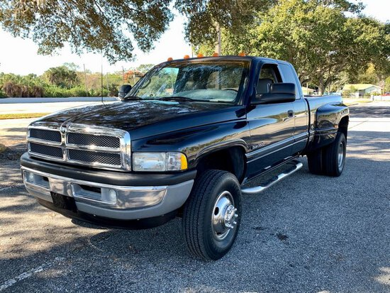 1998 Dodge Ram 3500 4x4 Dually Extended Cab