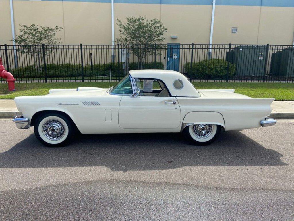 1957 Ford Thunderbird Convertible Collector Cars Classic Vintage Cars Classic Vintage Cars 1950 S Online Auctions Proxibid