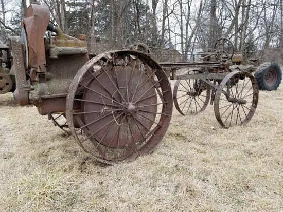 Moline Universal Model D Gas Tractor