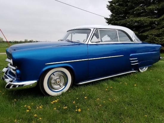 1952 Ford Victoria