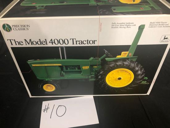 THE MODEL 4000 TRACTOR PRECISION CLASSICS 1/16 SCALE NO. 5684 NIB