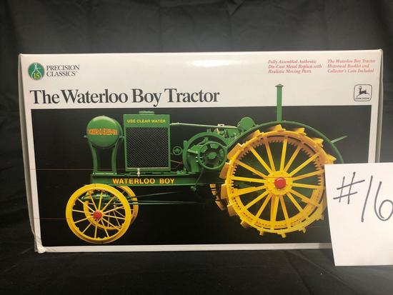THE WATERLOO BOY TRACTOR PRECISION CLASSICS 1/16 SCALE NO 15013 NIB