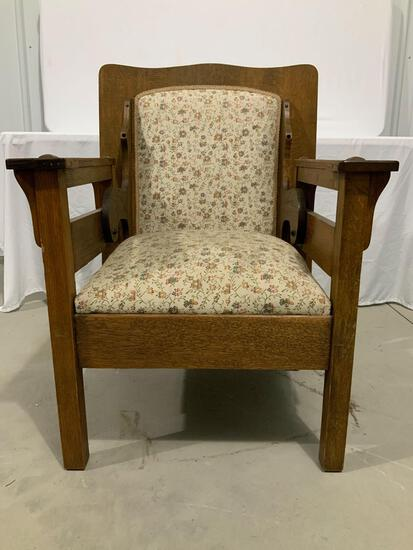 MISSION OAK TABLE CHAIR WITH DRAWER