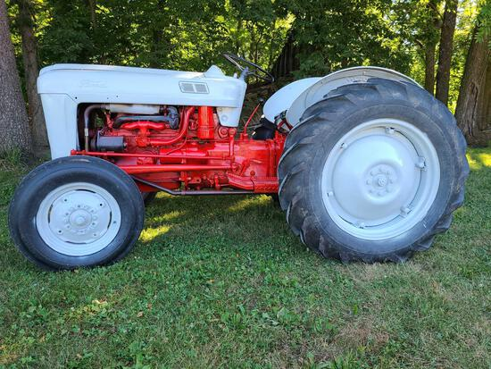 1953 FORD GOLDEN JUBILEE TRACTOR