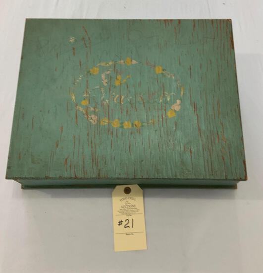 CHILDS WOODEN DOVE TAILED DESK BOX