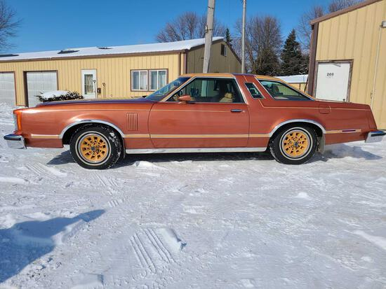 1979 FORD THUNDERBIRD 2 DR HARDTOP - ONE OWNER