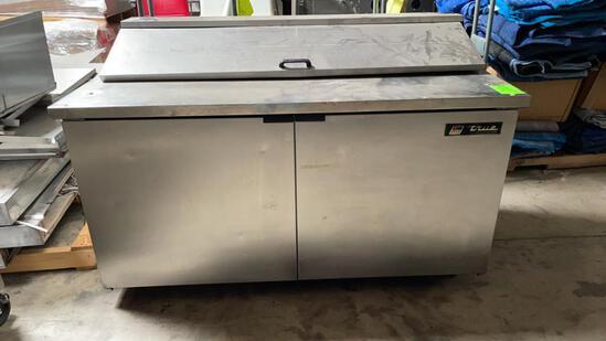 True refrigerated prep table