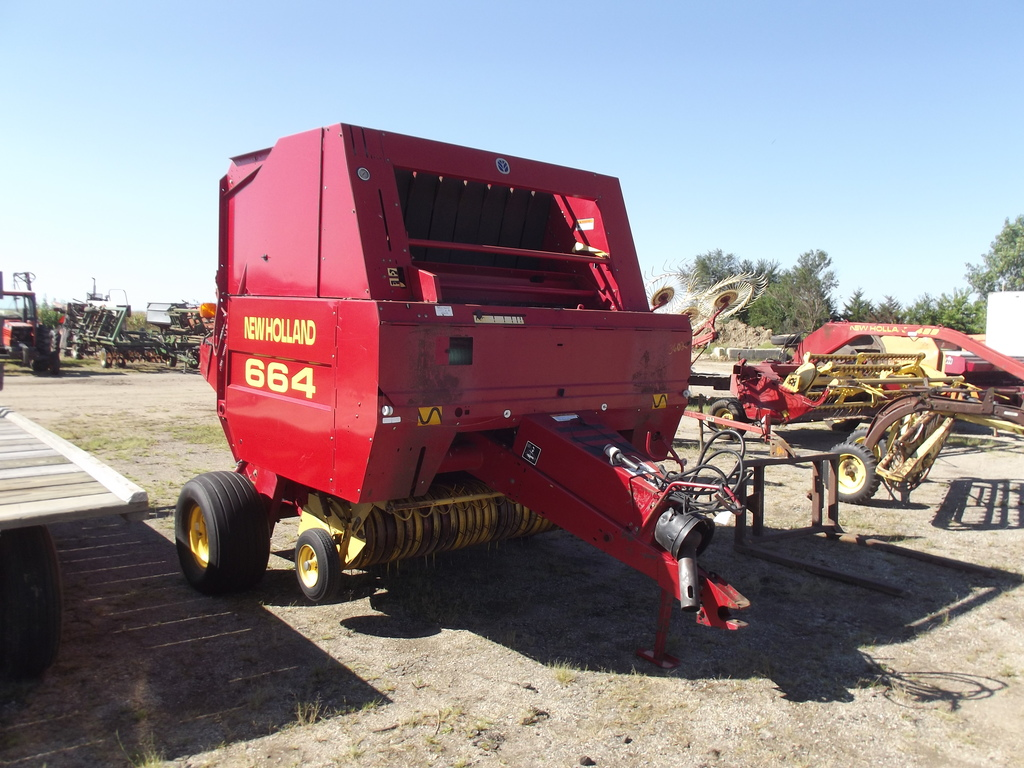 NH (New Holland) 664 ROUND BAL    Auctions Online | Proxibid