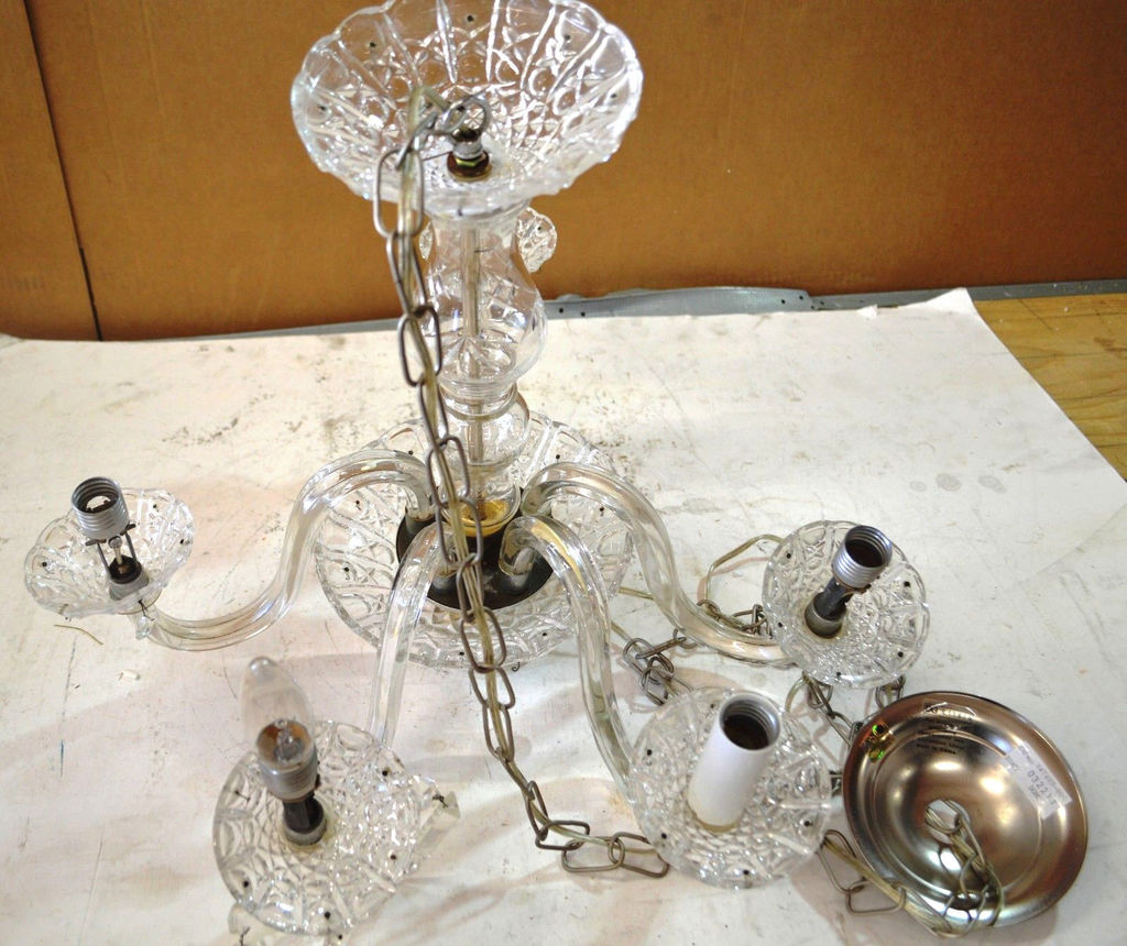 Vintage Clear Cut Glass Crystal 5 Sconce Chandelier Silvertone Chain 5 Light Fixture Estate Personal Property Lamps Lighting Fans Chandeliers Fixtures Sconces Online Auctions Proxibid
